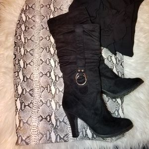 Black Suede Slouchy Boots with Buckle sz 8.5